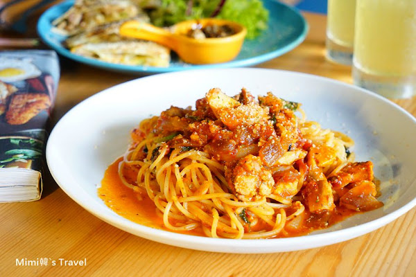 好曬餐飲部Pasta:用餐環境好拍沒話說,義大利麵&早午餐價位合理都好吃,曬曬曬來曬恩愛吧!