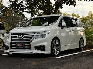 エルグランド PE52 350 Highway Star Premium Urvan CHROMEのカスタム事例画像 KMさんの2020年10月19日11:24の投稿
