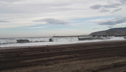 Imagen de la playa de El Zapillo de este viernes.