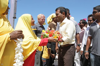Photo: President Nasheed's visit to Noonu Maafaru on the 15th March 2012