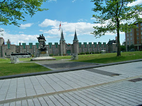 Photo: The fortified walls of Quebec City, a UNESCO (United Nations Educational, Scientific and Cultural Organization) World Heritage Site, go to www.unesco.org for more information.