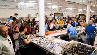 Los pescadores quieren que los consumidores sean conocedores de que sin arrastre no habrá gambas o brótolas.