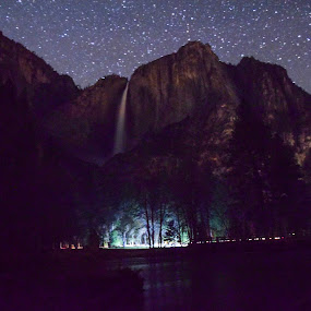 Yosemite Falls by Sean Markus - Novices Only Landscapes ( national parks after dark, yosemite, yosemite national park, national park photography, yosemite falls, night shot,  )