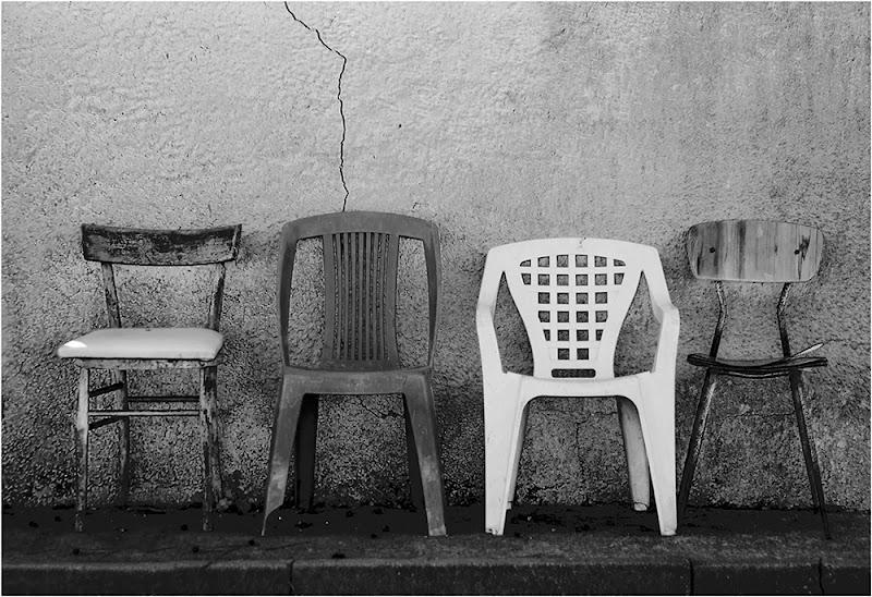 I silenzi del passato. di Pietro Forti
