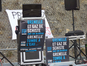Photo: Manif Stop Gaz de Schiste - Villeneuve de Berg 2011 - Licence CC (BY-NC-ND) Jasmine Tourre