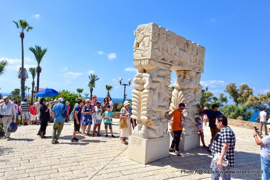 Экскурсия гида в Израиле Светланы Фиалковой на холме Ликования в Яффо. Врата Веры или Врата чудес Израилевых.