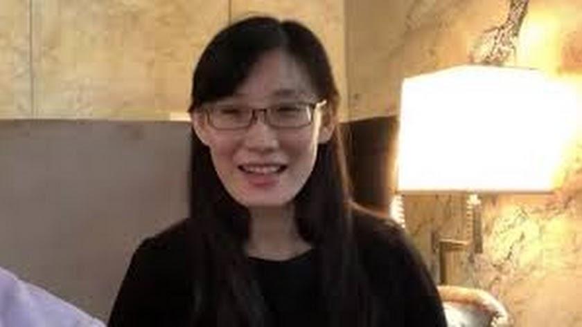 La viróloga que huyó de China anuncia pruebas que demuestran que el coronavirus se hizo en un laboratorio.