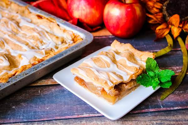 A Slice Of Apple Slab Pie On A Plate.