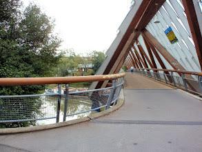 Photo: interessante freitragende Brücke in Remseck