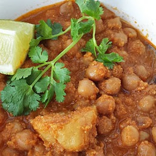 Chickpeas in Spicy Coconut sauce!