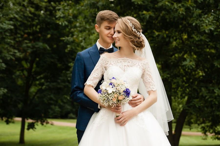 Wedding photographer Aleksandra Kharlamova (akharlamova). Photo of 08.12.2017