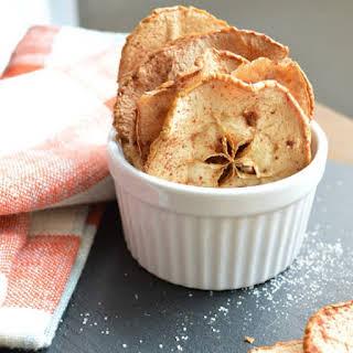 Cinnamon Sweet Apple Crisps.