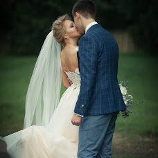 Wedding photographer Aleksey Galushkin (photoucher). Photo of 02.10.2017