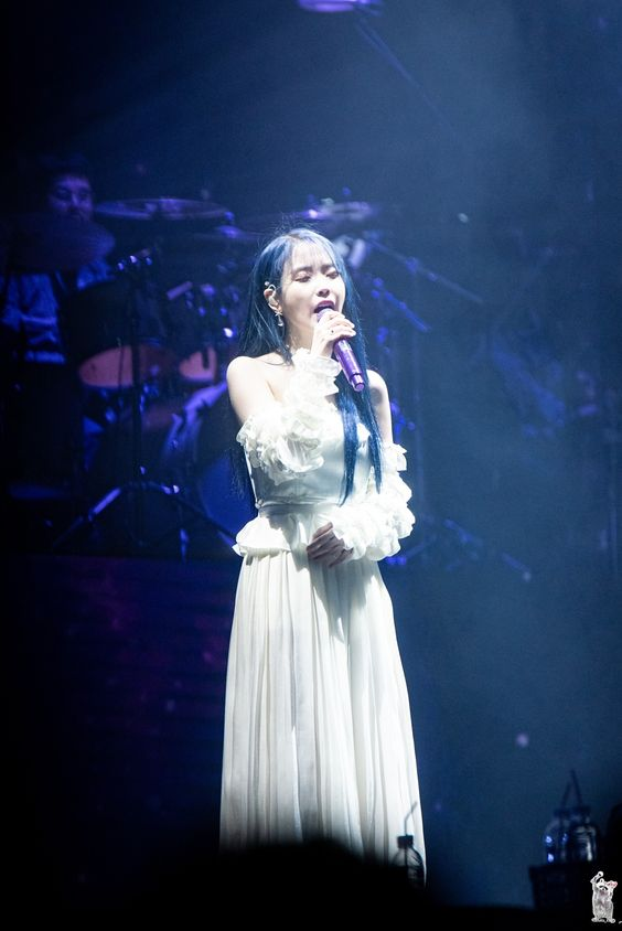 iu shoulder 8