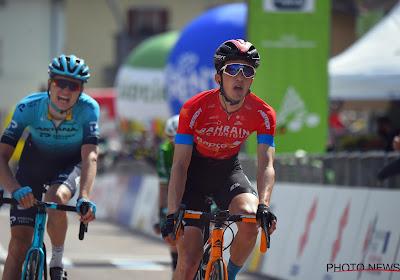 """Ritwinnaar in de Alpen draagt overwinning op aan wijlen Michele Scarponi: """"Ik ga niet elke dag zo'n risico nemen"""""""