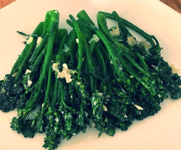Sauteed Garlic Baby Broccoli Recipe