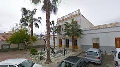 Plaza del Ayuntamiento y Casa consistorial de Garrucha en una imagen de Google Maps.
