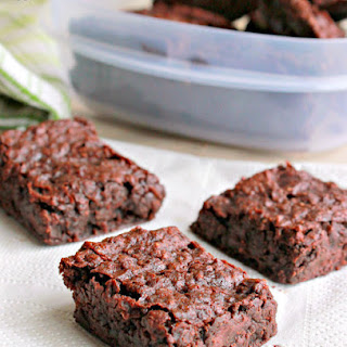 Eggless Rich & Chewy Brownies.