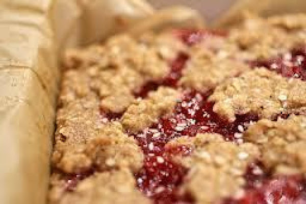 Strawberry Oatmeal Bars Recipe