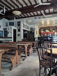 Cafe Universal photo 7