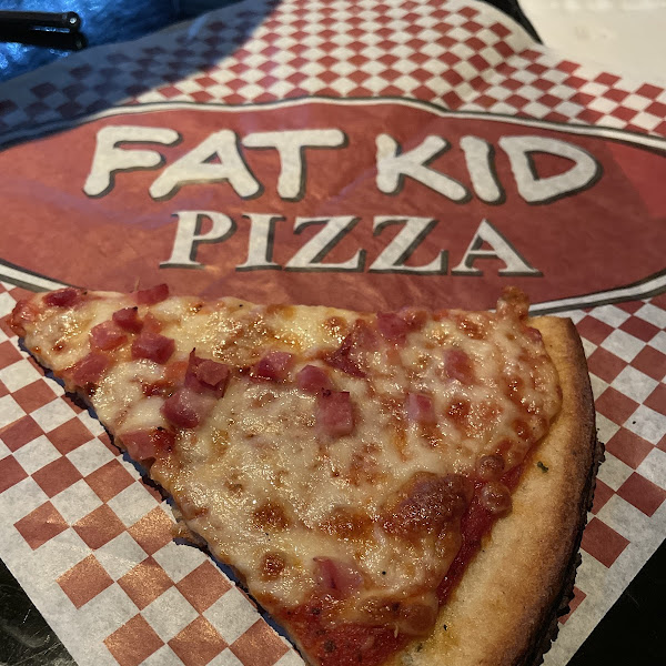 Pretty decent size, crust tastes delicious.