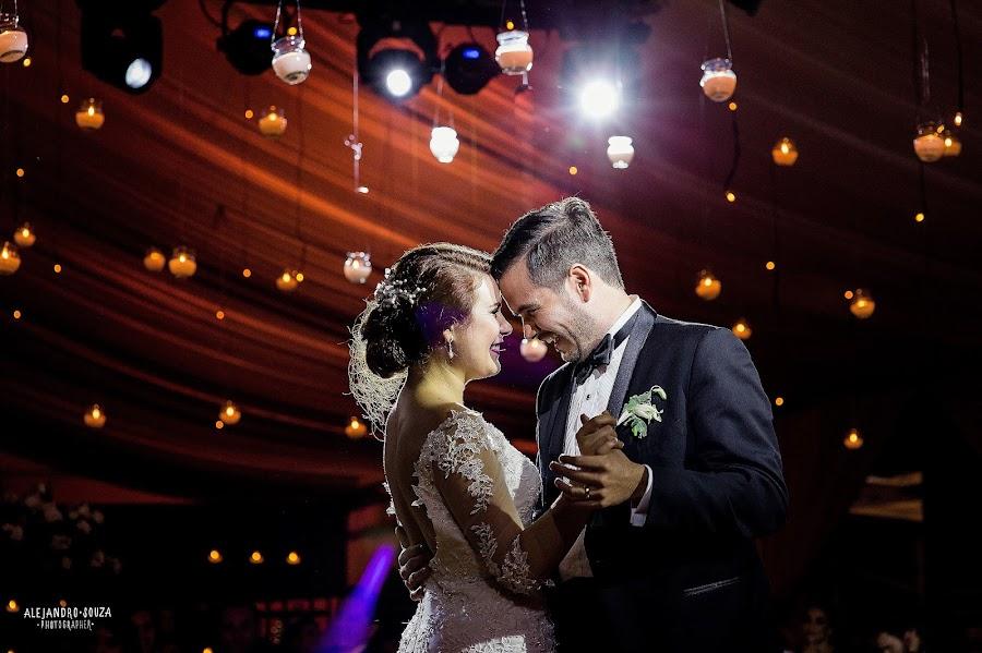 Wedding photographer Alejandro Souza (alejandrosouza). Photo of 13.10.2016