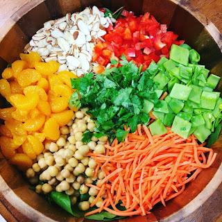 Crunchy Rainbow Salad with Chickpeas Recipe
