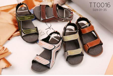 Nên đặt chất lượng lên hàng đầu khi kinh doanh giày dép giá sỉ
