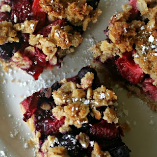 Oat & Berry Bars (Frugal, Vegan, Low Sugar).