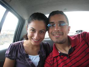 Photo: 17 Eylül 2010 - Ezgi ile standart pozlarımızdan. Ben yine kırmızılarımla.
