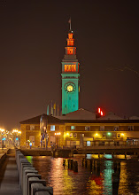 Photo: Clock tower on the ferry terminal in San Francisco.