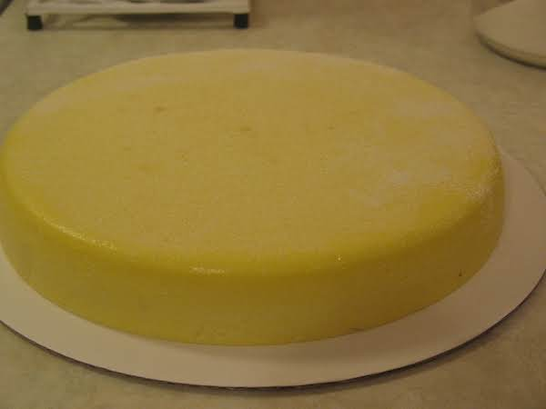 The Lightest, Creamiest Cheesecake You Will Ever Eat. And No Crust!