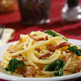 Barilla® Collezione Bucatini alla Carbonara with Bacon & Spinach.