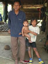 Photo: Landmine survivor Neal Harv and children