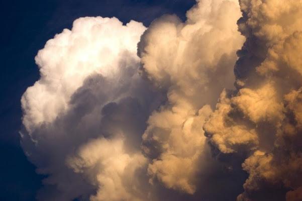 Un cielo noioso di atlasan