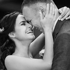 Wedding photographer Aleksandr Fostik (AleksF). Photo of 18.10.2016