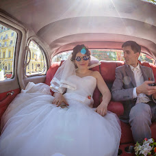 Wedding photographer Pavel Kobysh (Pahis). Photo of 12.05.2014