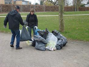 Photo: Det indsamlede affald afleveres i bunken