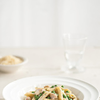 Penne with Chicken and Gruyère Cheese Sauce