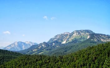 Photo: Sandling und dahinter der Große Sarstein