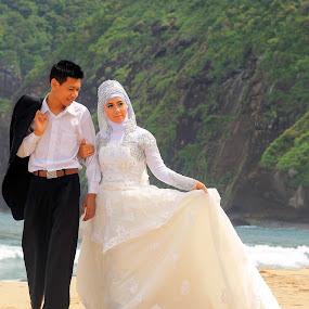 tepi pantai by Al Congalip - Wedding Other