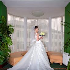 Wedding photographer Oleksandr Revenok (Sanela). Photo of 03.12.2014