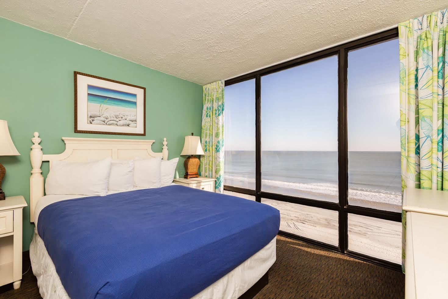 One Bedroom Oceanfront Picture Number 10