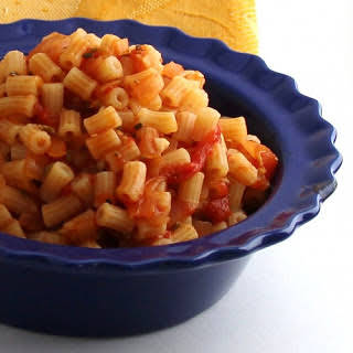 Pasts With Tomato Sauce And Wild Fennel Seeds.