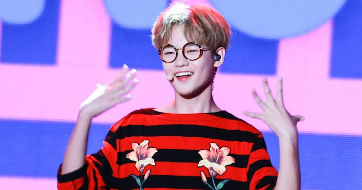 NCT's Chenle Noticed His Name Was Misspelled, But His Reaction Is