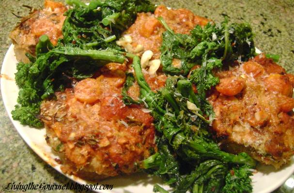 Stuffed Breaded Pork Chops with Tomato Sauce Recipe