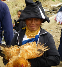 Photo: Otavaleño woman in traditional dress