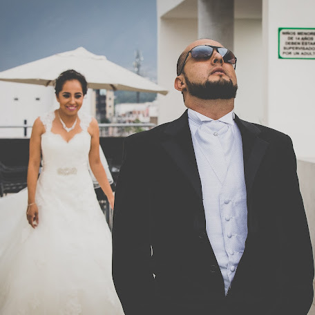 Fotógrafo de bodas Gabo Neira (neira). Foto del 18.08.2015