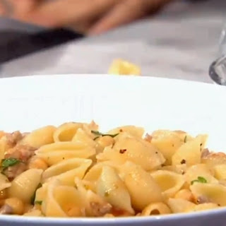 Chickpea Shell Pasta with Sausage