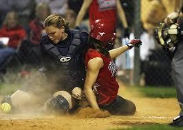 Afbeeldingsresultaat voor baseball girls action shots